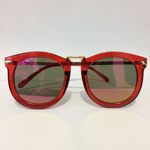 622b3098f Óculos De Sol Feminino Vermelho Redondo Espelhado Vintage - R$ 25,00 ...
