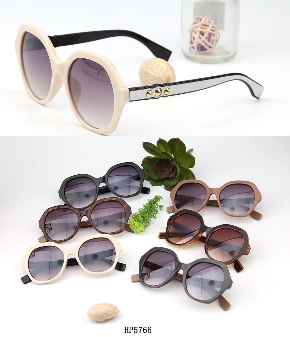 óculos de sol feminino vintage modelo 5766 várias cores. Carregando zoom. 24d31f270e
