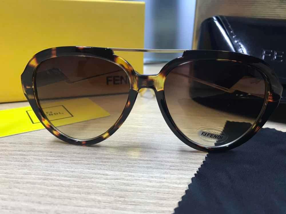 317d7a597 Óculos De Sol Fendi Aviador Ff0032 Tartaruga Acetato - R$ 280,00 em ...