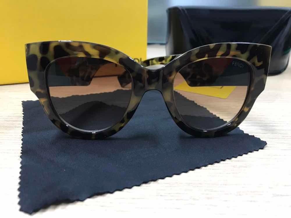 c9a8e67fc Óculos De Sol Fendi Ff0264 S Tartaruga Havana Acetato - R$ 259,00 em ...