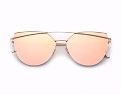 2ff4fa11edc7d Óculos De Sol Gatinho Lente Rosa Armação Dourada Polarizada - R  49 ...