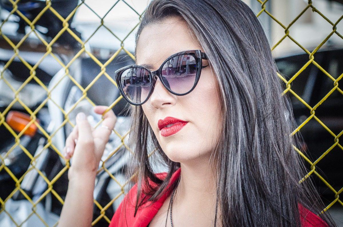 8300ffb0a2d7d óculos de sol gatinho preto grande fashion moda blogueiras. Carregando zoom.