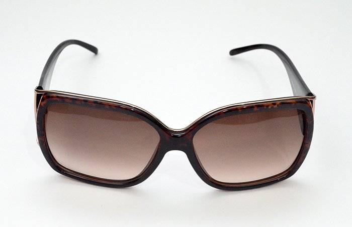 Óculos De Sol Givenchy Sgv727v Marrom - R  983,00 em Mercado Livre 51db6dc089