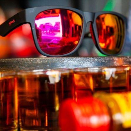 de520d88396bd Óculos De Sol Goodr - Running - Firebreathers Fireball Fury - R  279 ...