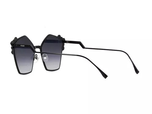 287bef846 Óculos De Sol Grife Fendi Can Eye Preto Spikes Metal 261 - R$ 399,90 ...