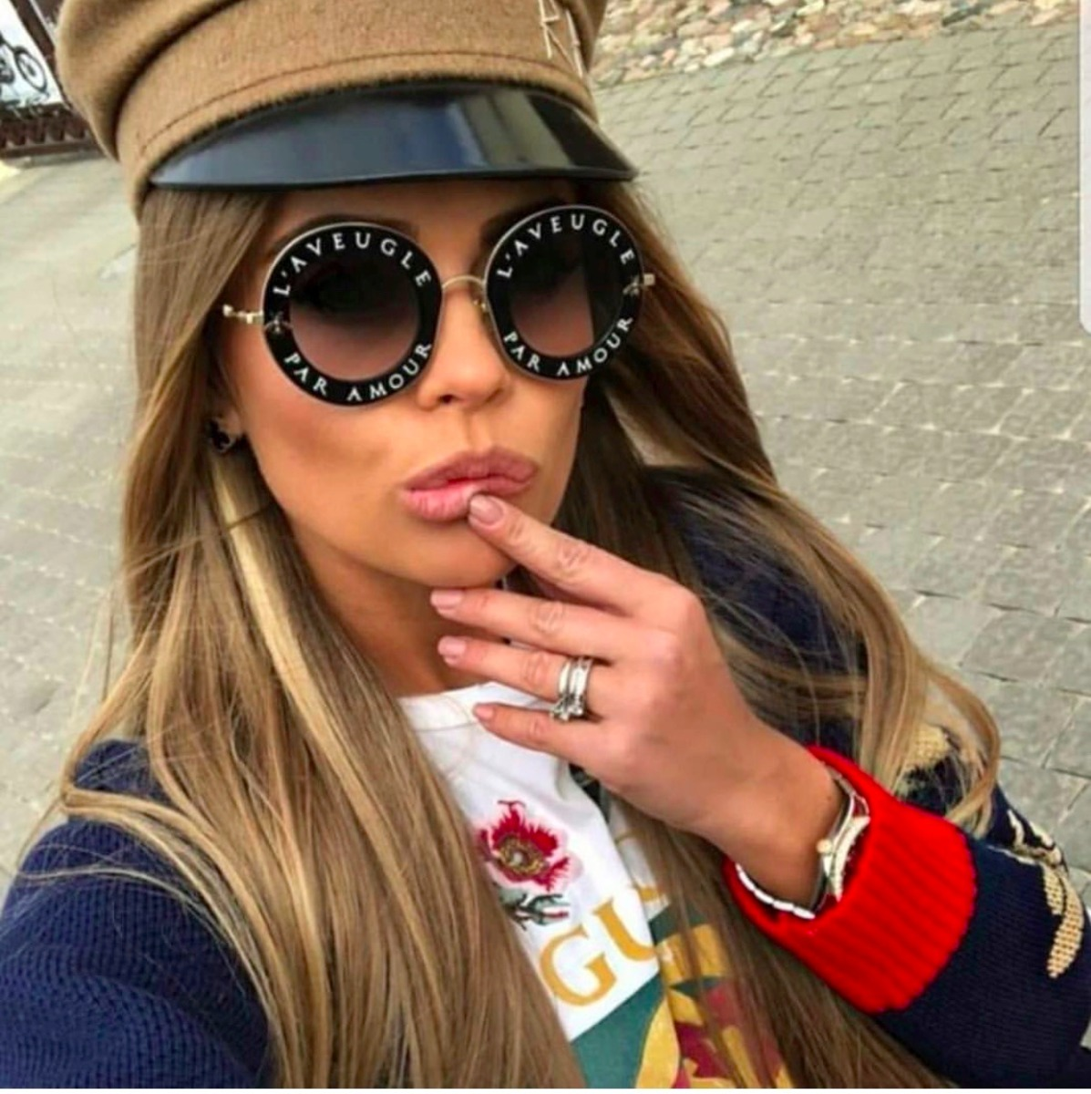 ... 17c37bcf8a9 Óculos De Sol Gucci L Aveugle Redondo Round Feminino - R  429,00 em ... 2b5f109b3f