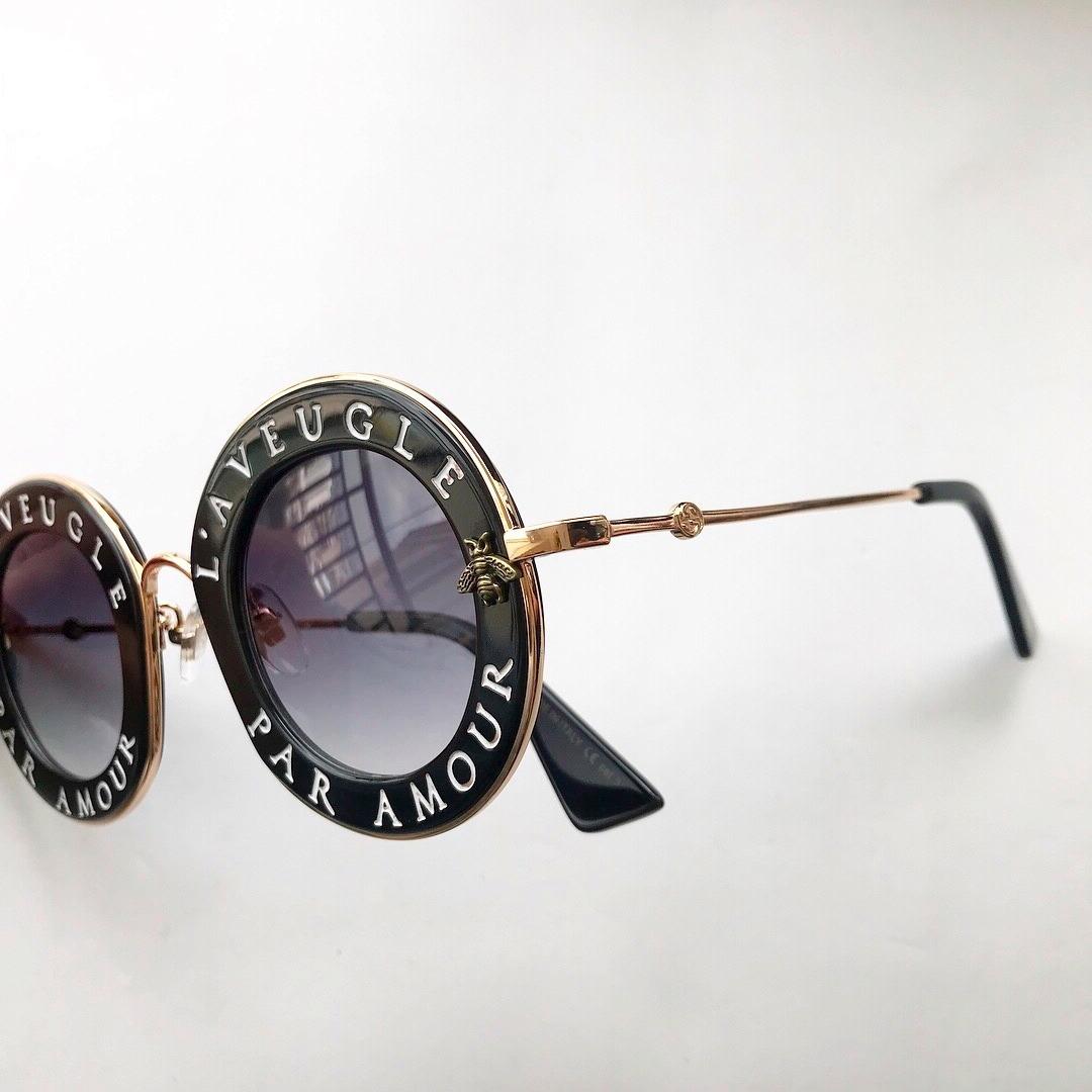 774e60da7468d Óculos De Sol Gucci L Aveugle Redondo Round Feminino - R  570,00 em Mercado  Livre