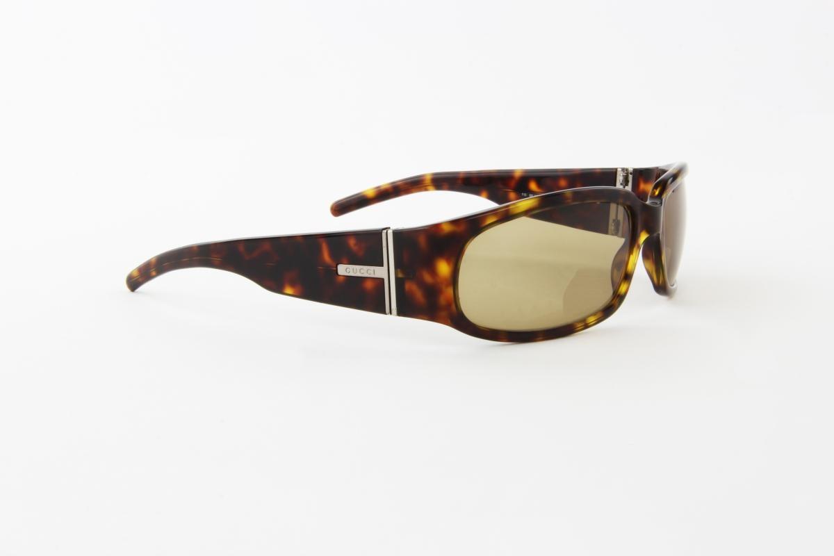 829c1dbff3074 Óculos De Sol Gucci Marrom Tartaruga Lente Marrom - R  170,00 em ...