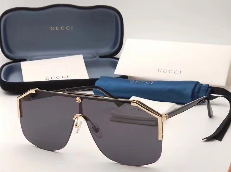 bee5c48ccd290 Óculos De Sol Gucci Máscara Fechado Novo Com Caixa - R  499