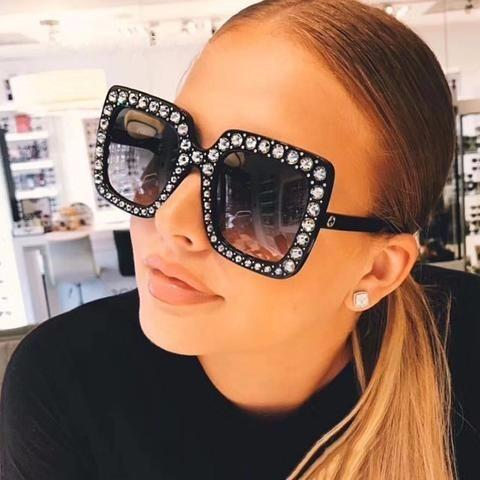 da23d4b46050c Óculos De Sol Gucci Oversized Crystal Square Gg 0148s Pret - R  300 ...