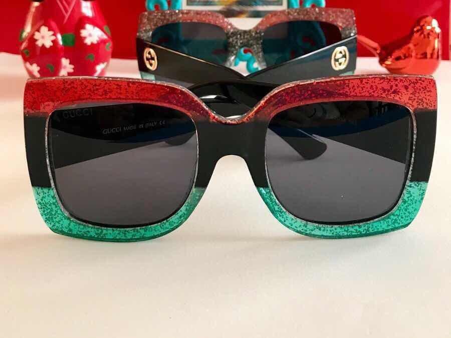 fc1821a378c3d Óculos De Sol Gucci Quadrado - R  128,00 em Mercado Livre