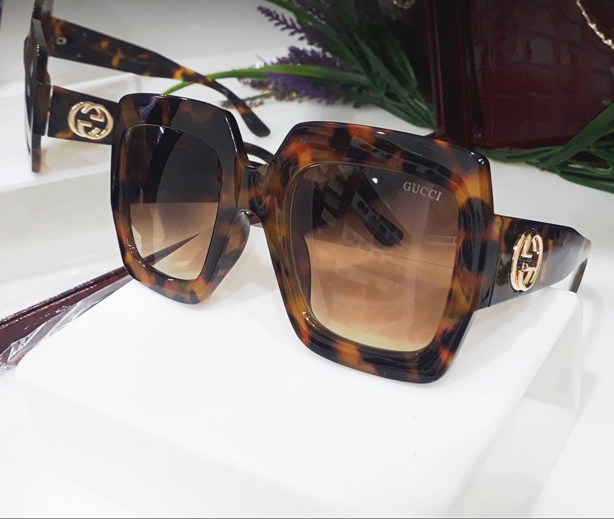 37902e4d6efd8 Óculos De Sol Gucci Quadrado Tartaruga Grande Uv400 - R  120,00 em ...