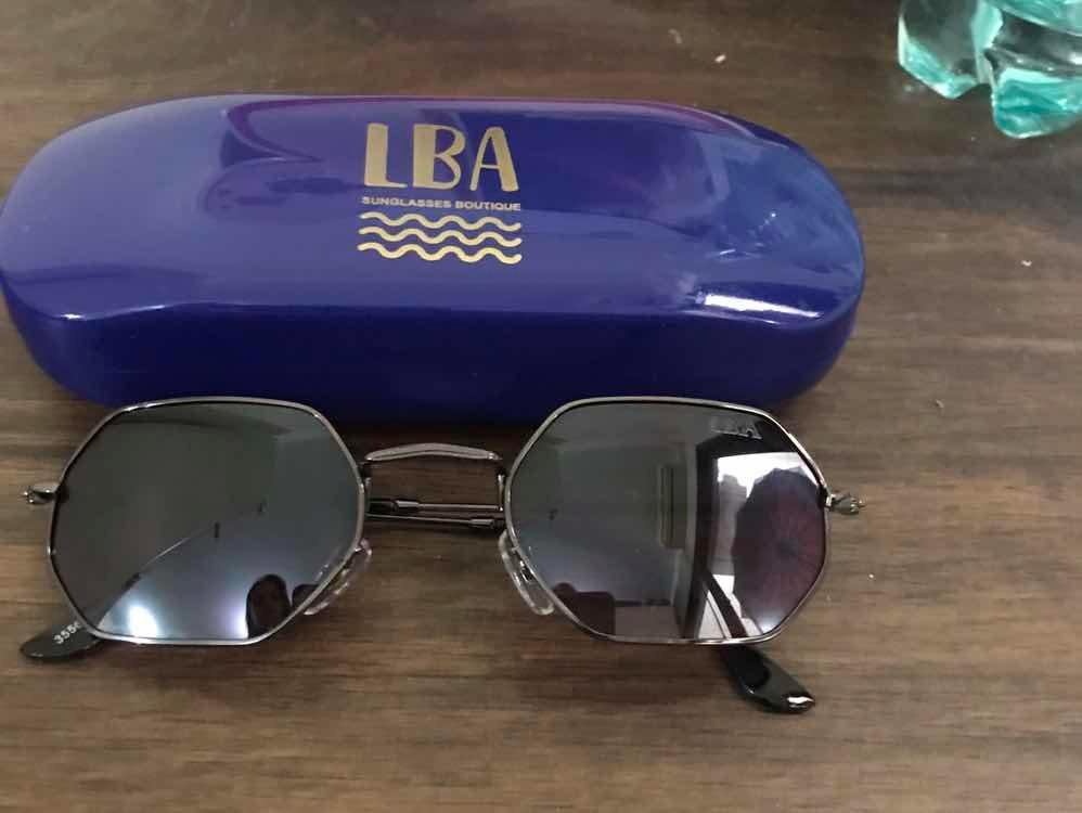 e1c8c9f9b2 Oculos De Sol Hexagonal Preto Lba - R$ 80,00 em Mercado Livre