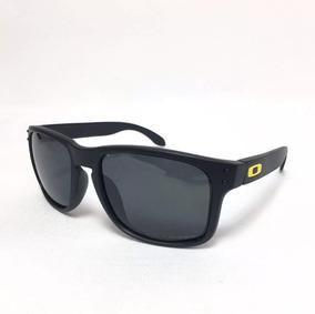 05f8d9a35 Oculos Vr 46 De Sol Oakley - Óculos De Sol no Mercado Livre Brasil
