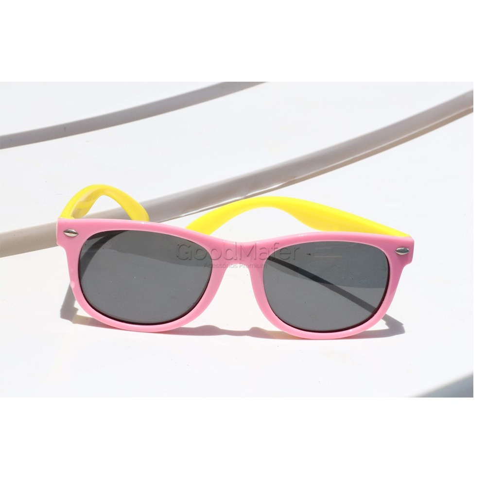 02bf04e50b65c óculos de sol infantil 2 a 8 anos polarizado uv400 + brinde. Carregando  zoom.