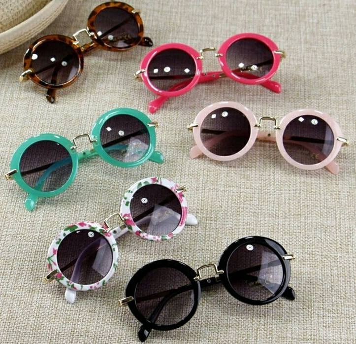 d766f8fec2569 Óculos De Sol Infantil Com Proteção Uv Criança Menina Oferta - R  52 ...