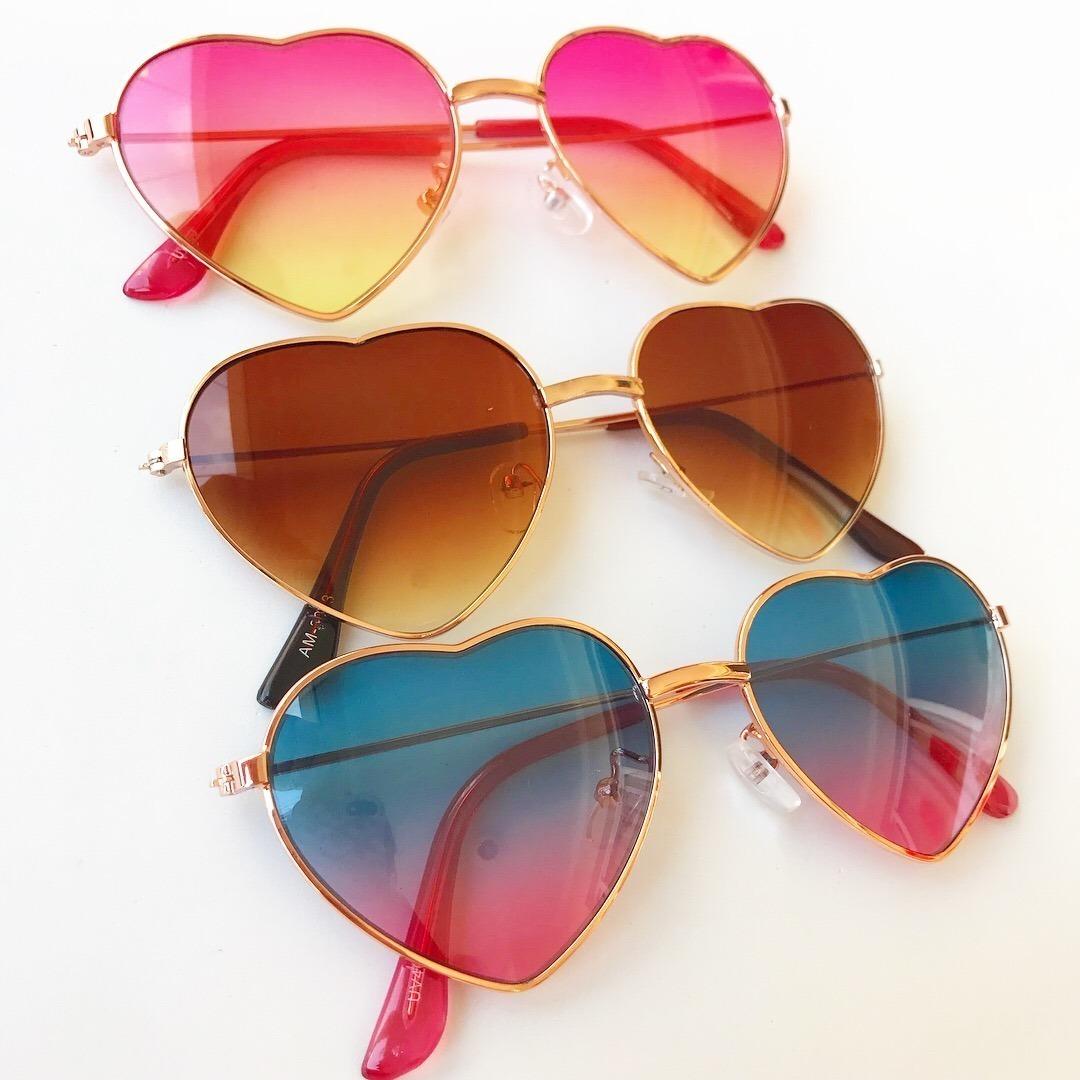 óculos de sol infantil coração formato com proteção uv 400. Carregando zoom. ad8bc2171e