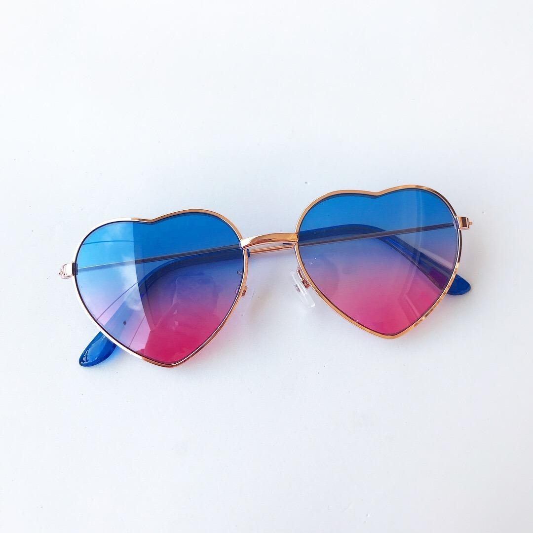óculos de sol infantil coração formato com proteção uv 400. Carregando zoom. 6d5a26bdb2