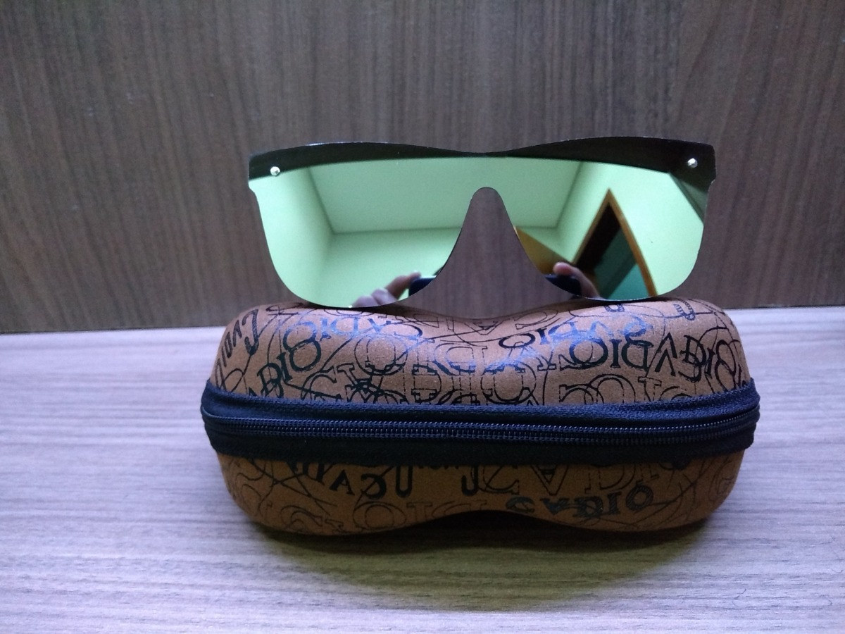 b141d5f7ea4b1 óculos de sol infantil espelhado polarizado uv400 com estojo. Carregando  zoom.