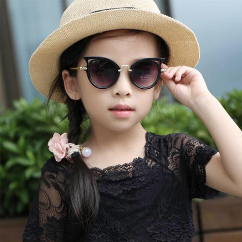 d9b54559b óculos de sol infantil menina chic com proteçao uv400 oferta. Carregando  zoom.