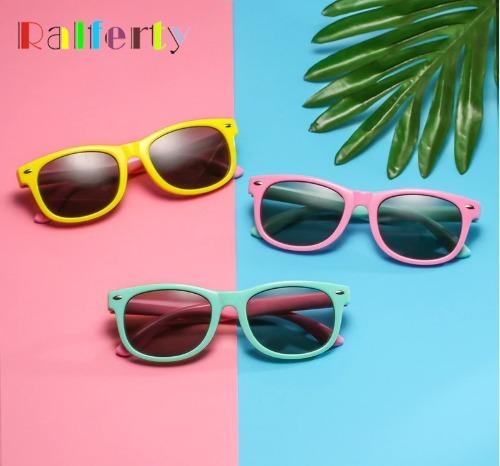 8f102e4783ede Óculos De Sol Infantil Polarizado Unissex Flexível - R  79