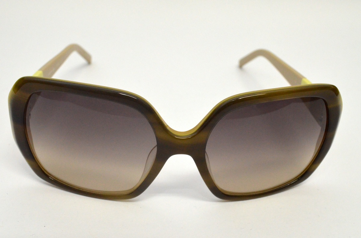 b72640d3d3ed2 Óculos De Sol Lacoste Acetato L629s Médio Verde Musgo - R  404