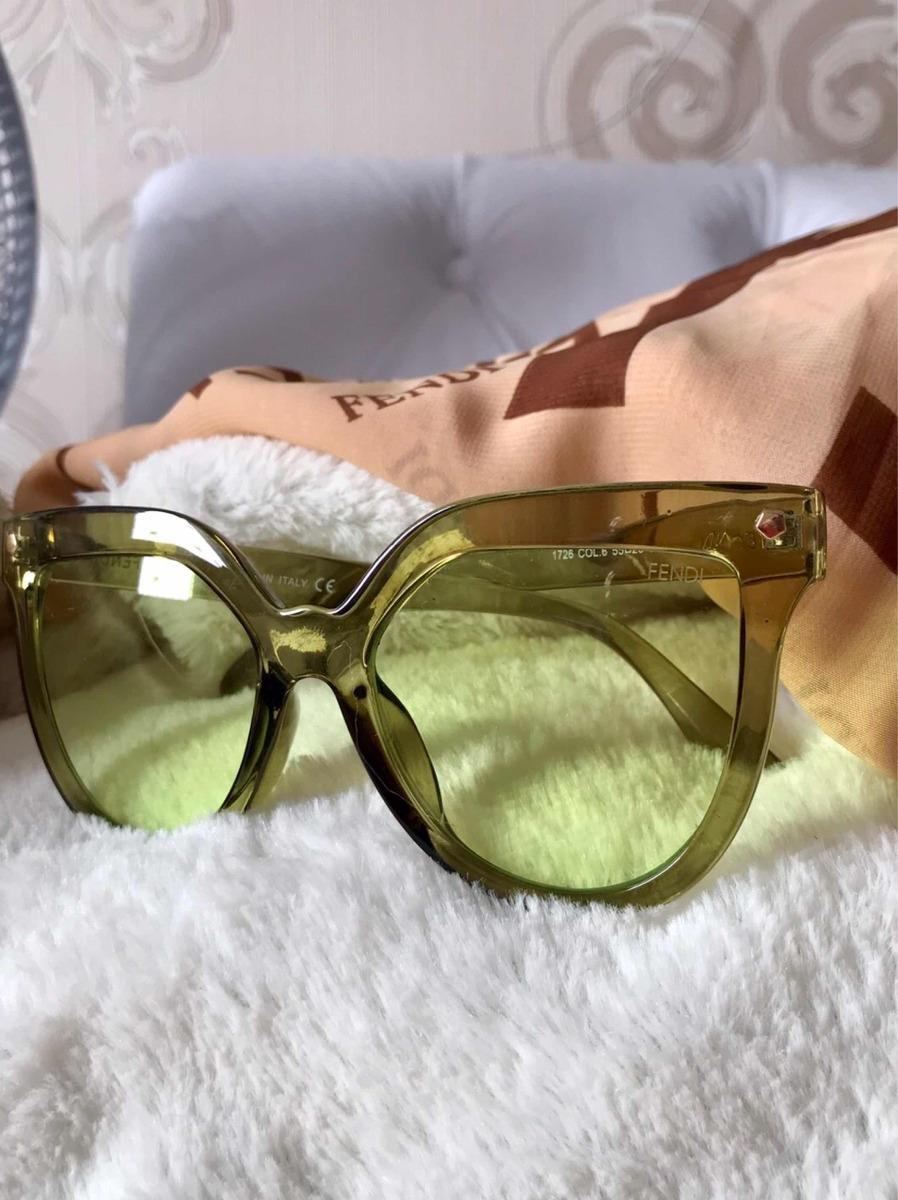 Óculos De Sol Lente Colorida Transparente Da Moda - R  79,80 em ... 781e9cc1b4