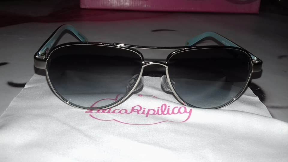 9105c2be3b8cd oculos de sol lilica ripilica 0001. Carregando zoom.