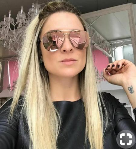 Óculos De Sol Lindo Para Mulher Moda Verão Praia Rosa Barato - R  39 ... dda88b854b