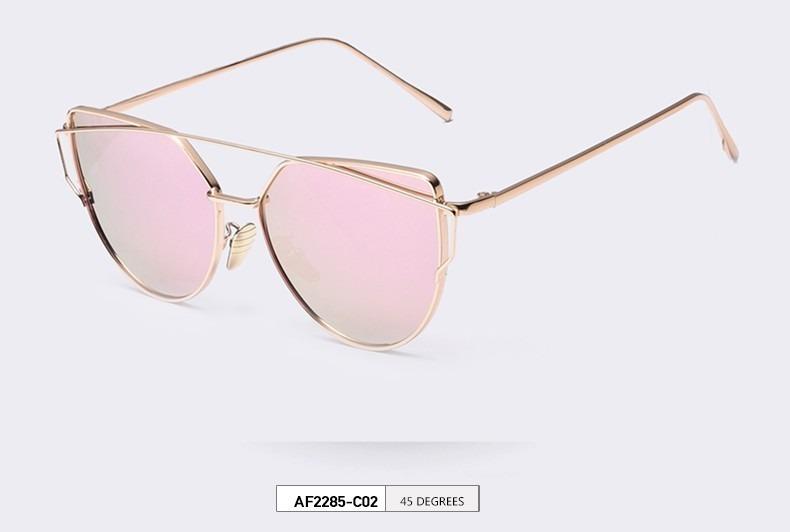 88ea9bc38b7ea Óculos De Sol Love Punch Gatinha Chique Feminino - R  39