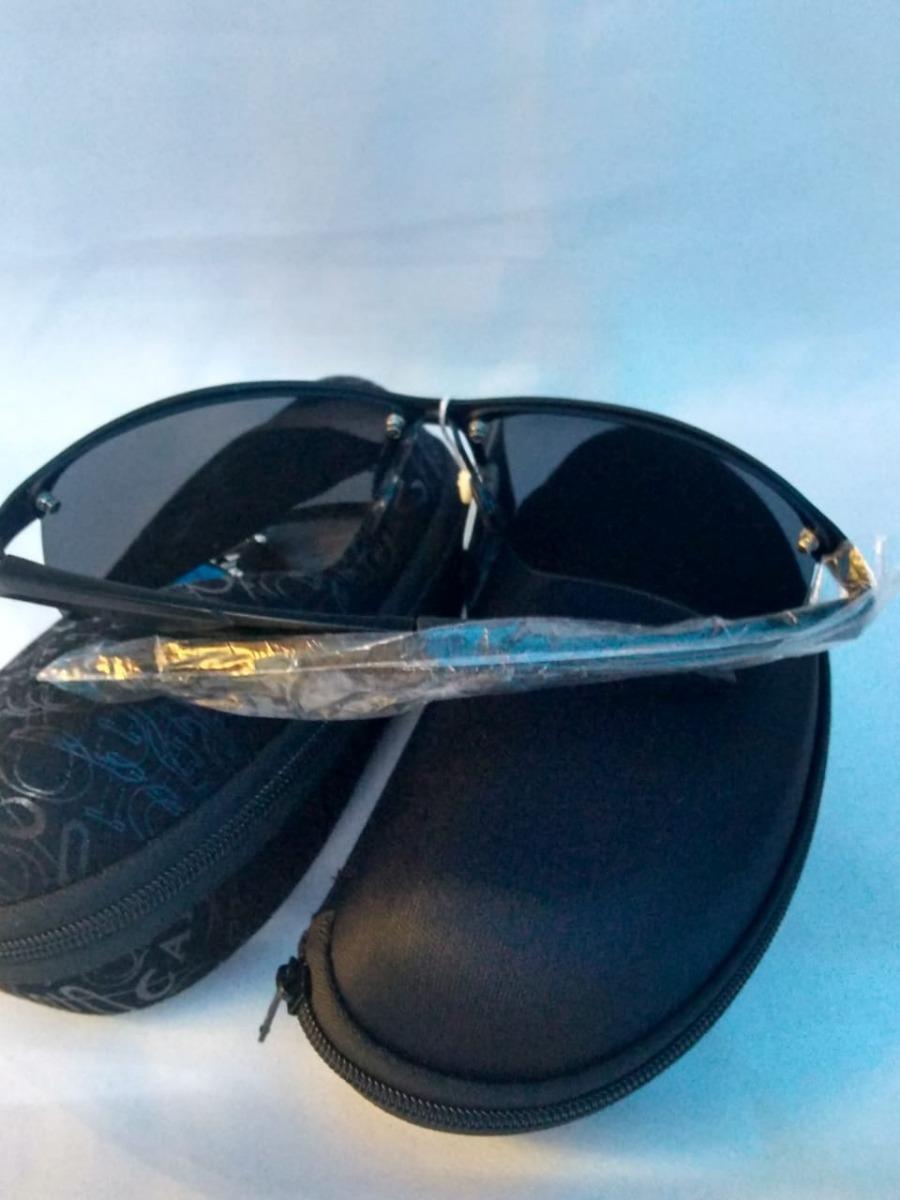 96e30844f2b51 Óculos De Sol Masculino Armação Preta Lente Espelhada - R  189,99 em  Mercado Livre