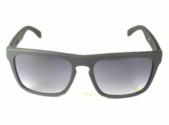 Óculos De Sol Masculino Quiksilver The Farrys Preto Uv400 - R  89,90 ... a3254f0330