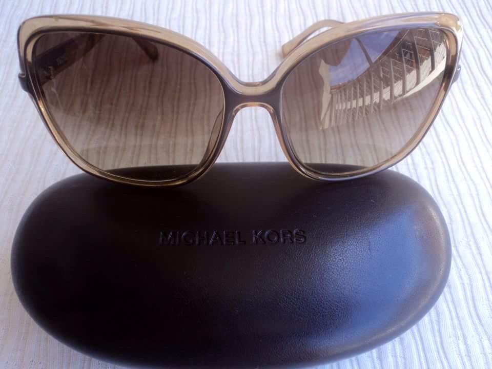 Óculos De Sol Michael Kors Original - R  300,00 em Mercado Livre e6b508f602