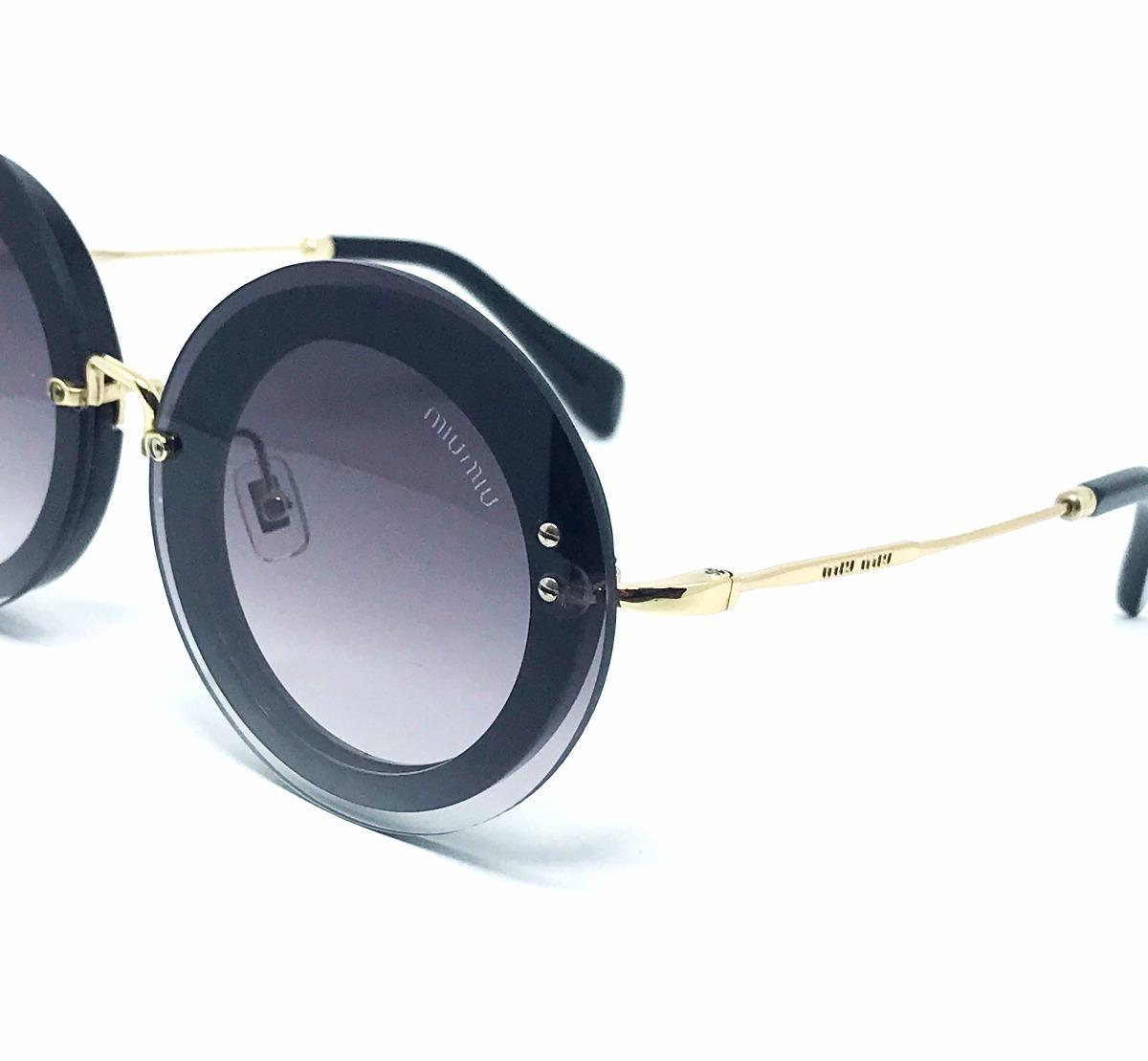 Óculos De Sol Miu Miu - Reveal Smu10rs - Preto - R  719,00 em ... 234e294b94
