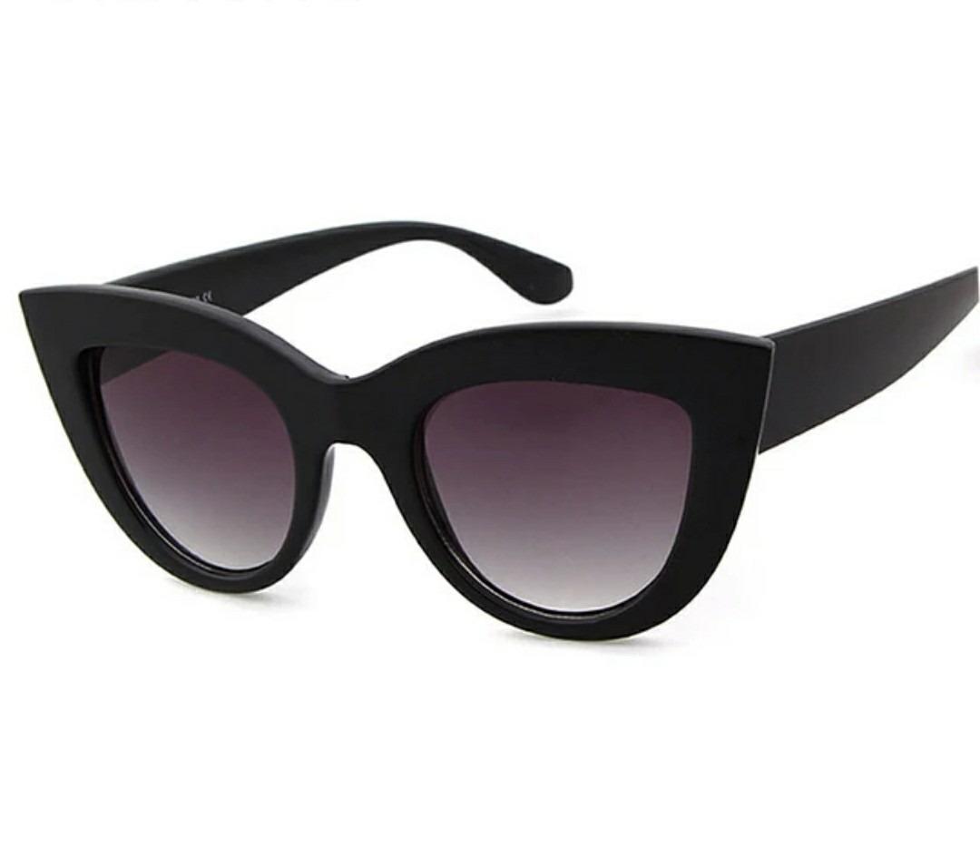 4b309eb57 óculos de sol modelo gatinho espelhado vintage retro + case. Carregando zoom .
