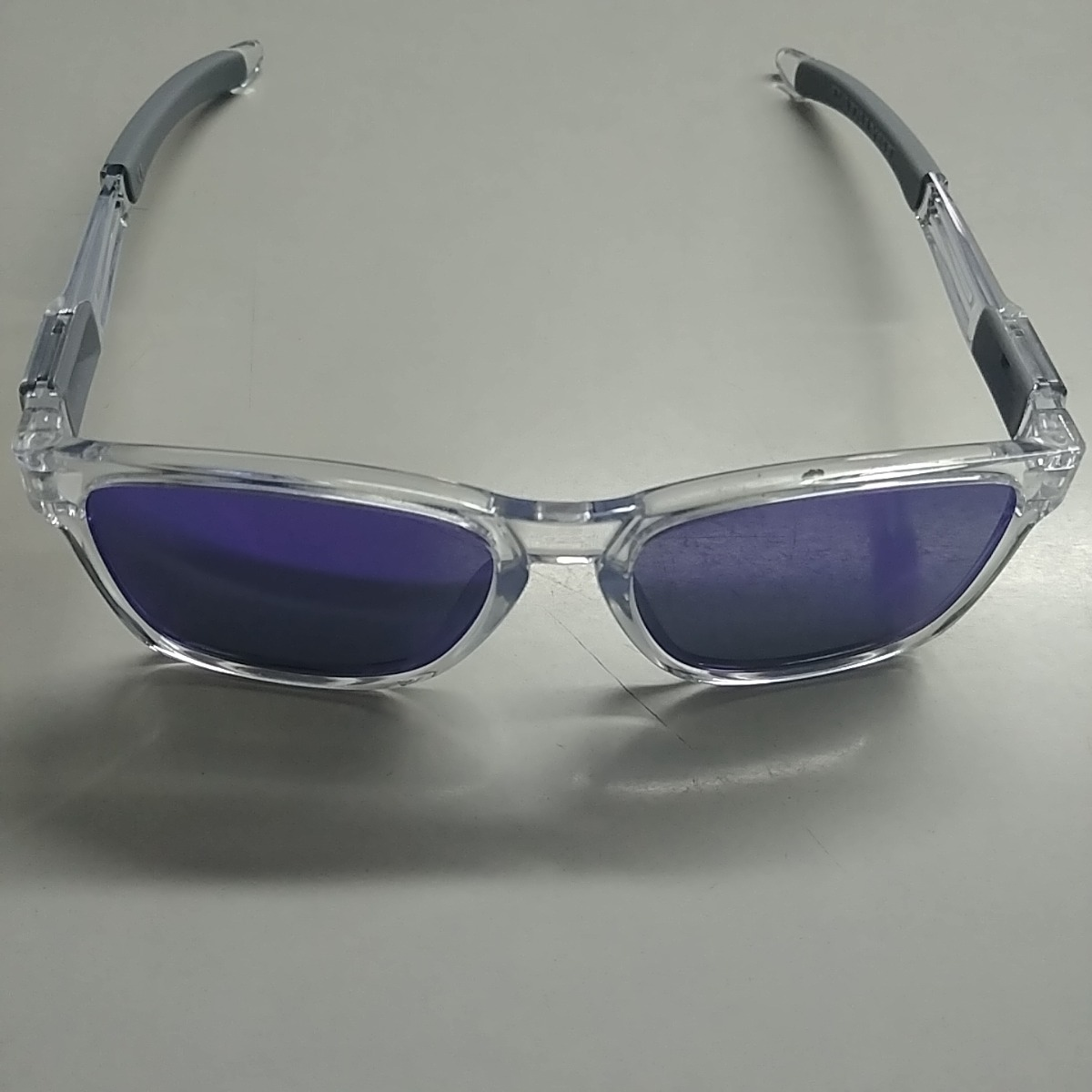 e1ec9df9929e1 Óculos De Sol Oakley Catalyst Iridium - Unissex - R  299,00 em ...