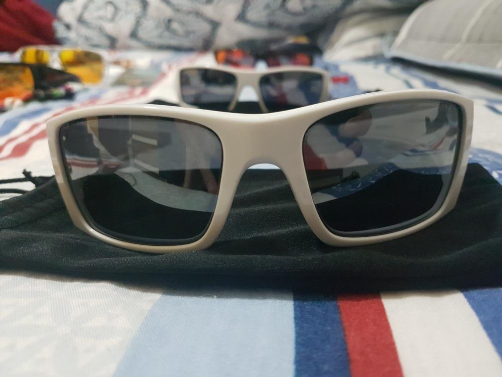 edb9c98b97c68 óculos de sol oakley fuel cell original ótimo estado. Carregando zoom.