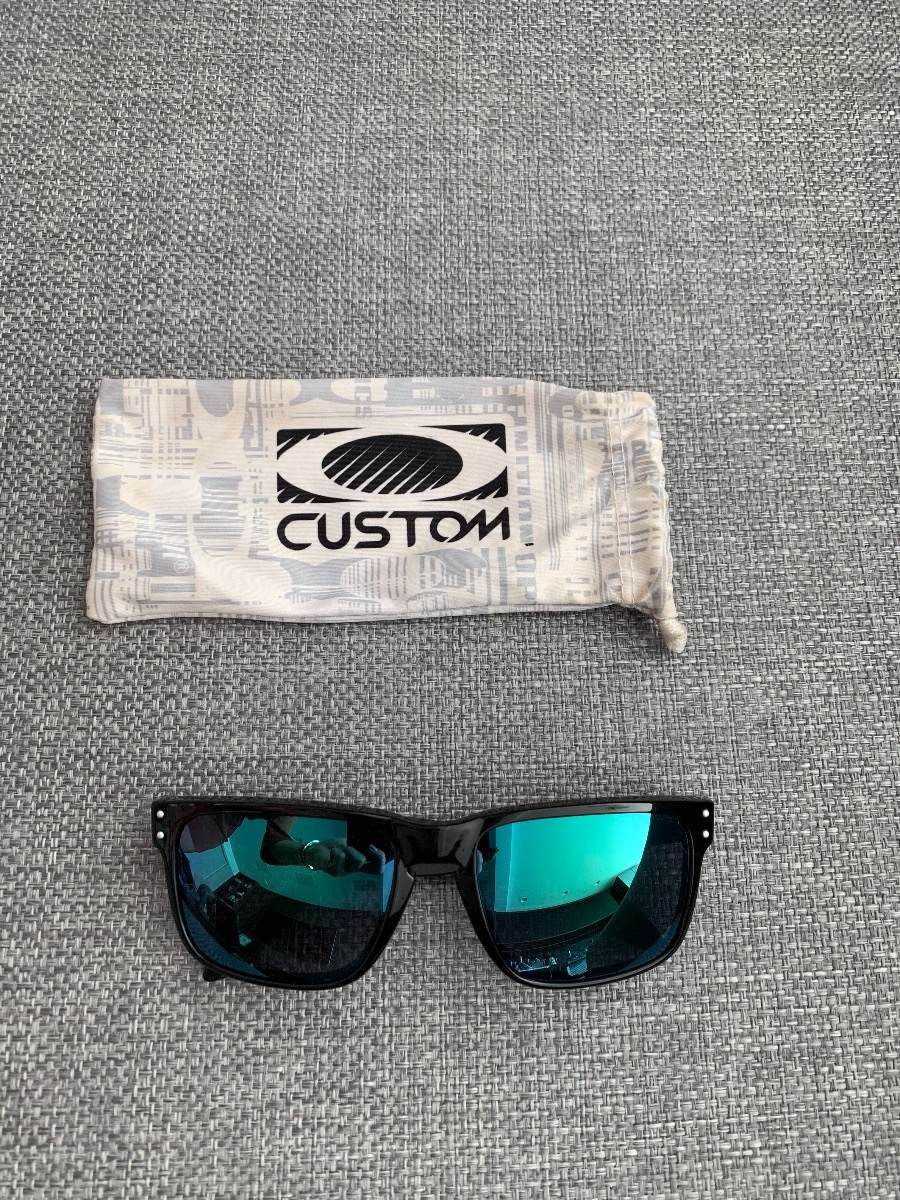 60ff4ac15c307 Óculos De Sol Oakley Holbrook Preto C  Lente Verde - R  129,90 em ...