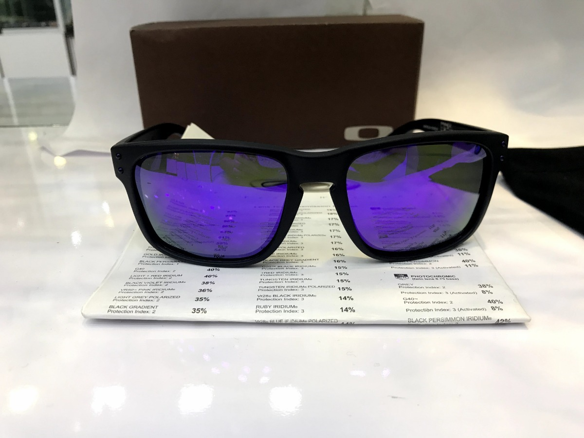 dde2fbd0d075e Óculos De Sol Oakley Holbrook Roxo Polarizado Masculino - R  69