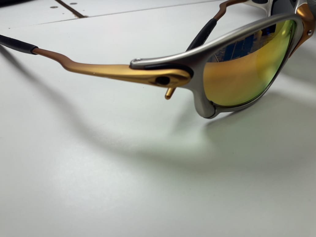 cc2784ed7 Óculos De Sol Oakley Juliet 24k Lente Ruby Polarizada - R$ 120,00 em ...