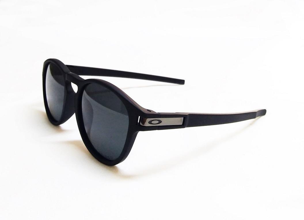 a19aca7ea799d Oculos De Sol Oakley Latch Redondo (varias Cores) - R  89,90 em ...