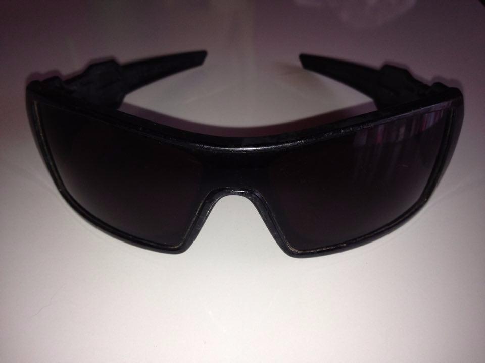 Óculos De Sol Oakley Oil Rig Preto Original - R  200,00 em Mercado Livre cd9303e86e