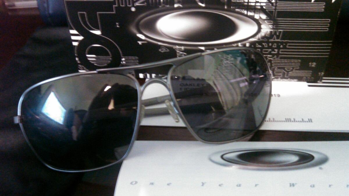 84f7089a23b23 óculos de sol oakley plaintiff squared polarizado oo4063-03. Carregando  zoom.