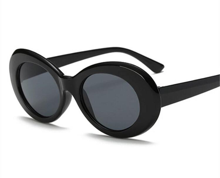 Óculos De Sol Oval Vintage Retrô Wiz Khalifa Kurt Cobain - R  48,00 ... 65f0bc4ae6