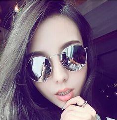 079950d03 Óculos De Sol Ovalado Espelhado Prata Unissex - R$ 29,95 em Mercado ...