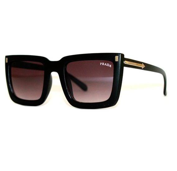 dbbbe8f1267c4 Oculos De Sol Prada Quadrado Barato Lançamento - R  75