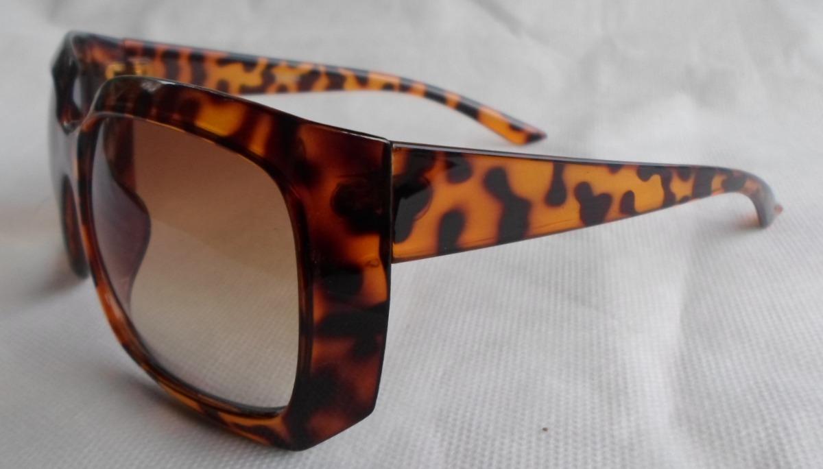 66284a82cf4bd oculos de sol quadrado grande oncinha jackie ohh luxo. Carregando zoom.