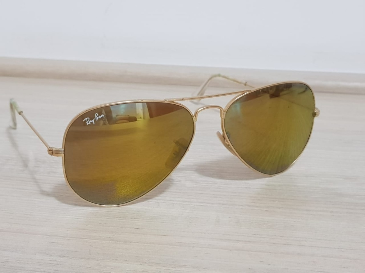 960b6f6c3 Óculos De Sol Ray-ban Aviator Lentes Espelhadas Rb3025 Ouro - R$ 219 ...