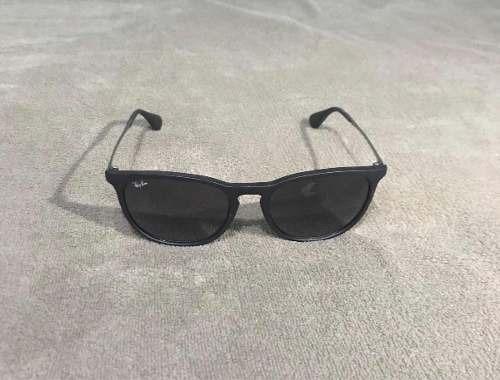 0bbbf811c47c4 Óculos De Sol Ray-ban - Modelo Erika (usado) - R  279,00 em Mercado ...