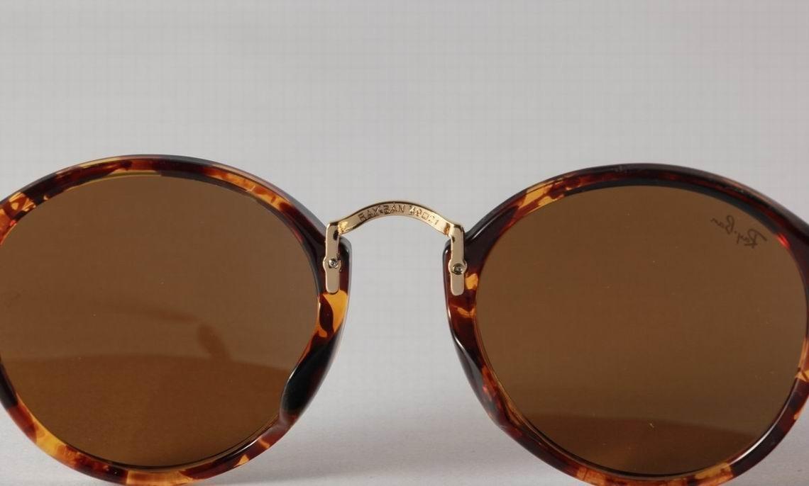 oculos de sol ray ban round fleck rb2447 marrom tartaruga. Carregando zoom. e6ac0b8c6455c